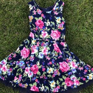 Very cute sexy floral summer spring midi dress